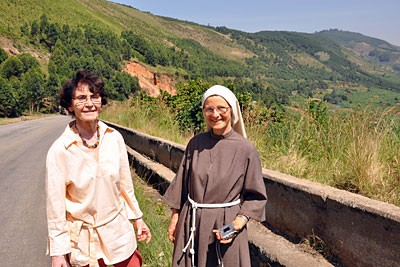 Mireille & Rosaline Lapierre
