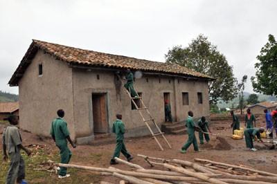 Renovierungsarbeiten in Musengo